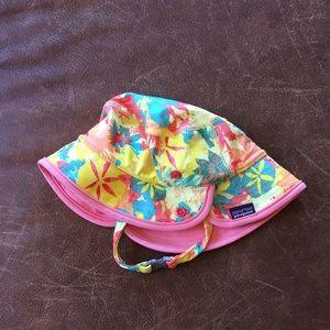 Patagonia Baby sun hat